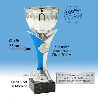 TC348.64ET - Zilverkleurige trofee met blauwe accenten incl. afbeelding (leverbaar in 8 hoogten ± 20-34cm hoog)