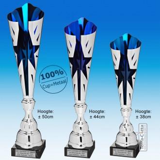 TC320X-Z Zilverkleurige Award met Blauw METALEN schulpen met stervormige uitsparing (± 38-50cm hoog)